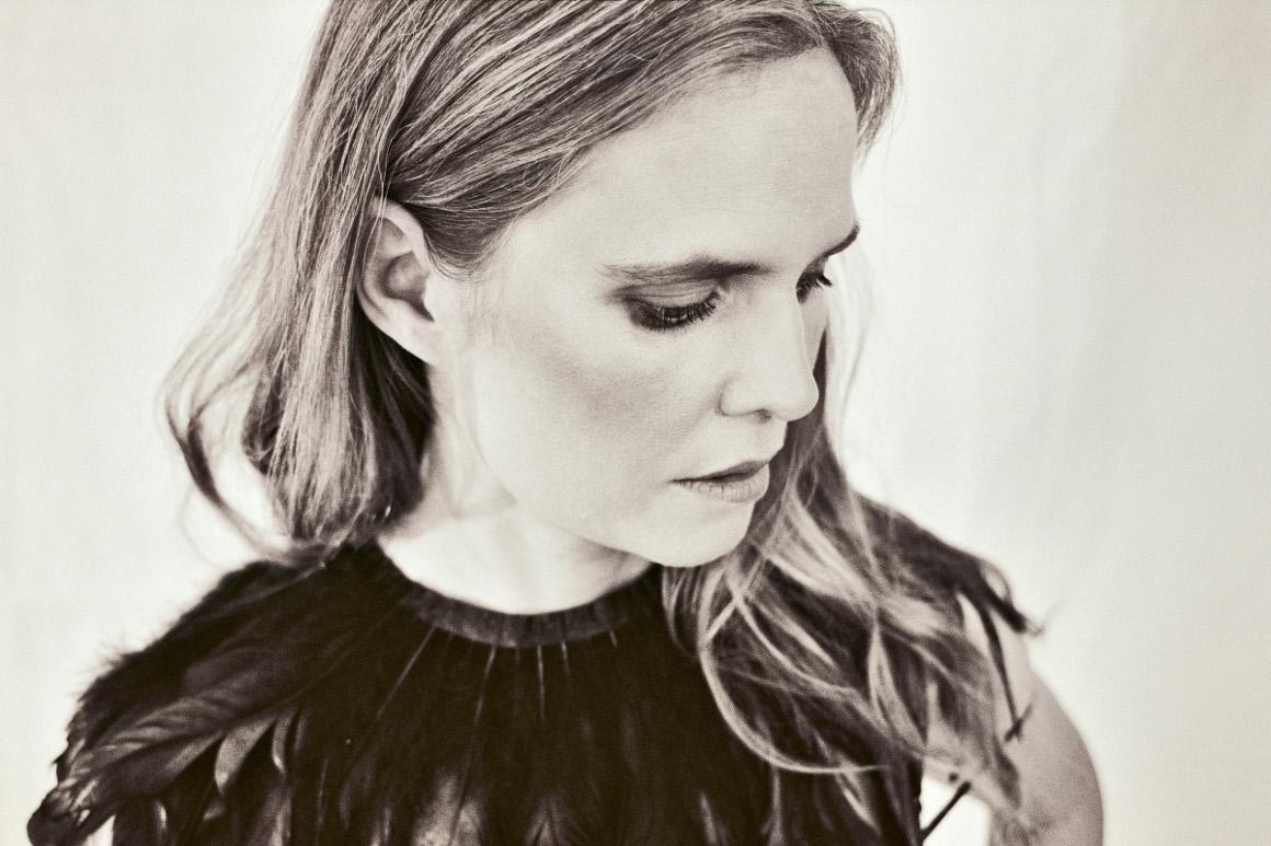 """""""Du musst dich nicht messen"""" – Interview mit Dota Kehr"""
